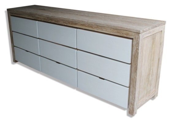 Customers Natural Timber and  2Pac Buffet